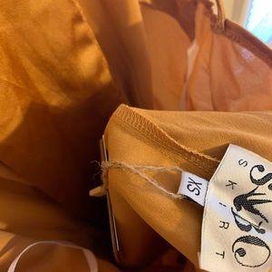 Sabo Skirt Dresses - ❌sold❌Sabo Skirt Golden Deep plunge romper NWT